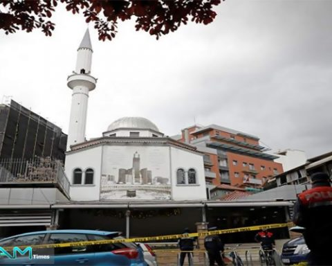 Knife attack on Albanian mosque injures five