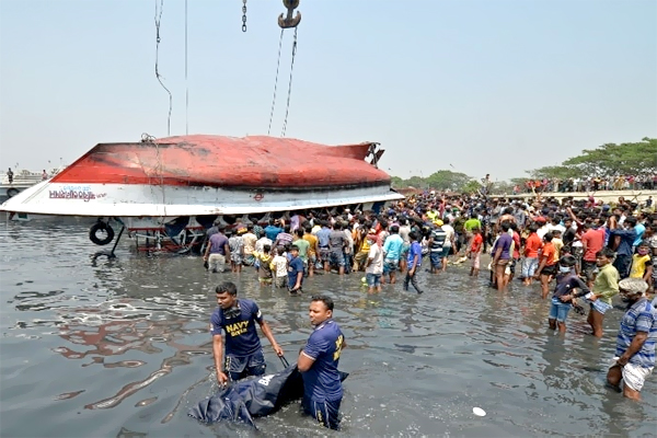Several People Were killed in a Boat Accident in Bangladesh