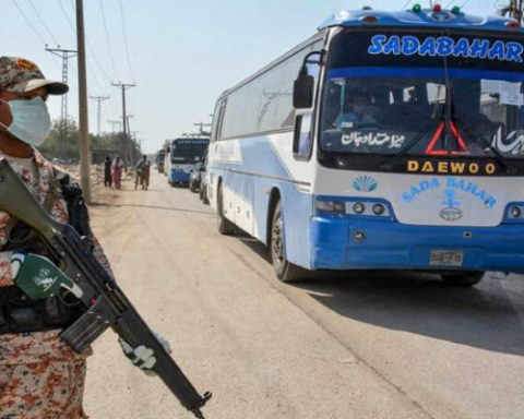 Public Transport to Resume Across Pakistan