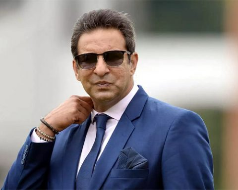 Wasim Akram Thanks To British High Commissioner