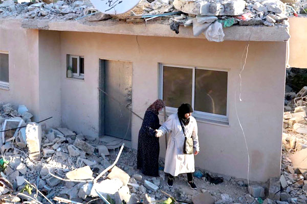 Israeli Army Demolishes Dozens of Palestinian Homes in West Bank